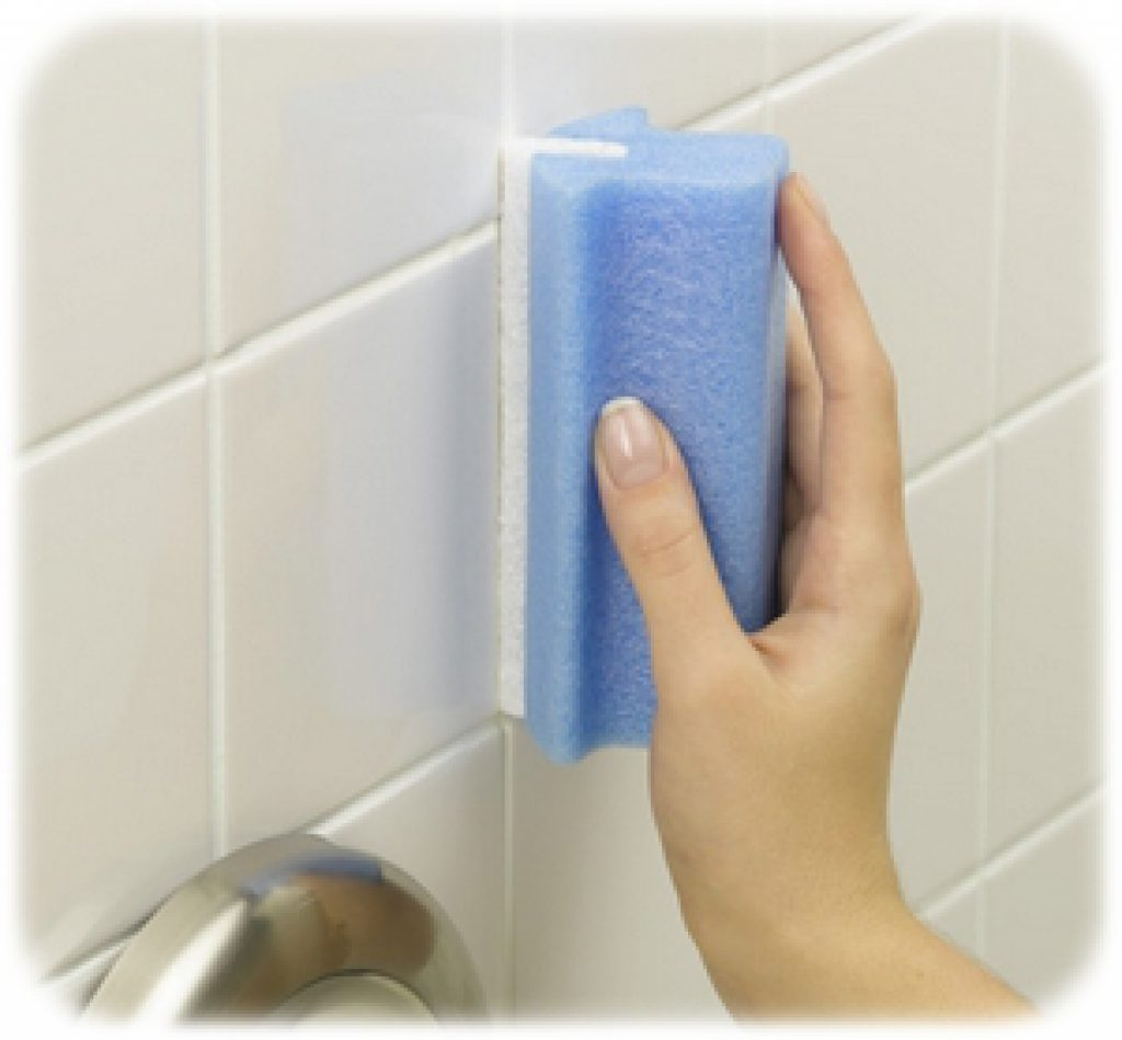 Best way to keep bathroom grout clean american hwy for Best way to clean bathroom