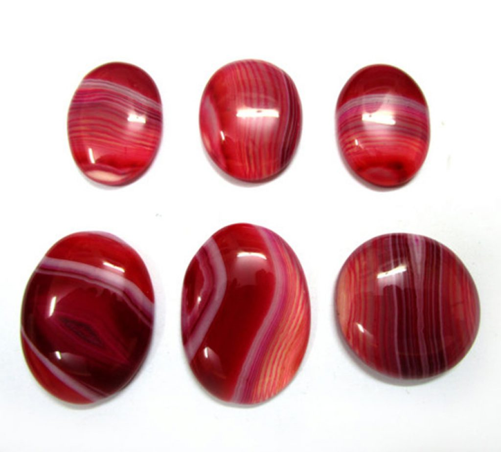 Red_onyx_-_Handicraft